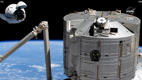 SpaceX2021载人首秀二手装备送4名宇航员上太空