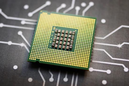芯片创业AB面一面全球芯荒热钱涌入一面上市遇冷明星企业终止IPO